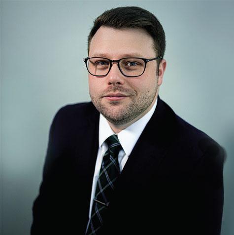 Naples Attorney Chris Miller | Florida Attorneys Goede, DeBoest & Cross